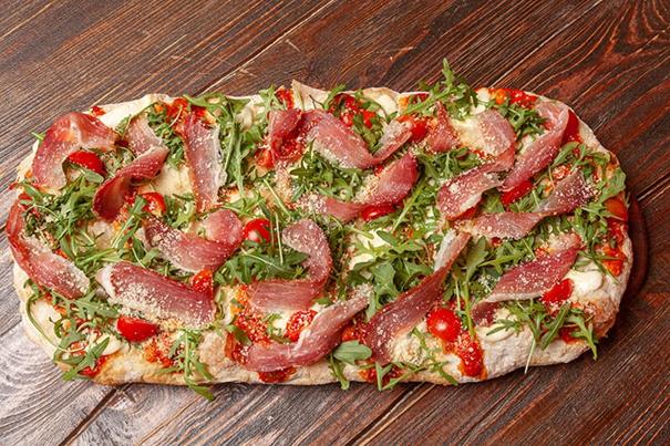 Pizza alla pala… peut indiquer différents types de pizza!