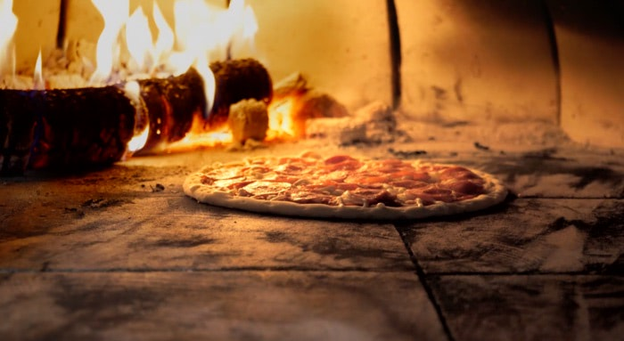 Four-Pizza-Feu-Bois